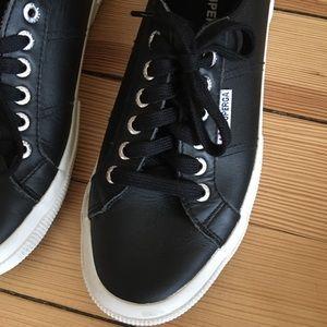 Superga leather sneakers sz 40